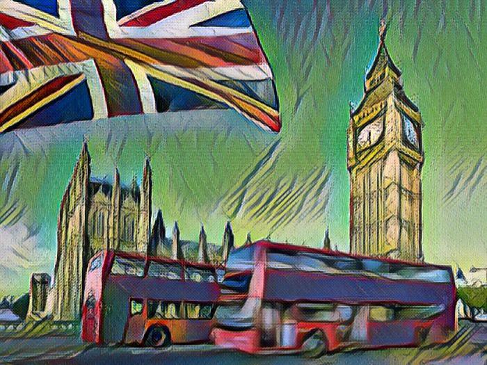 Британский флаг на фоне Лондона